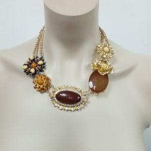 Jewelry - NWT Necklace Set